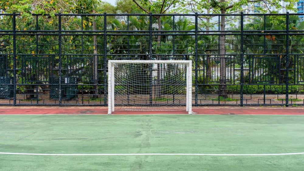 Hilversum haalt voetbalkooi weg na jarenlange klachten geluidsoverlast