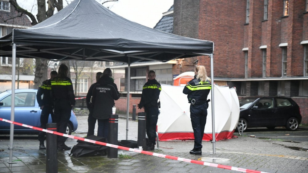 """Gevonden lichaam in mobiel toilet was dakloze Hilversummer: """"Bizar dat dit nog kan"""""""