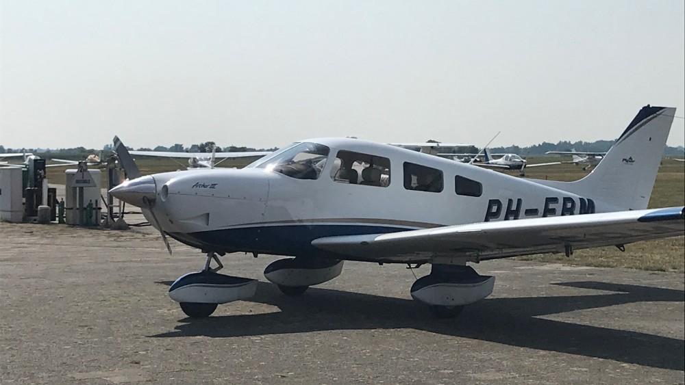 Boete voor piloot (74) na veroorzaken gevaarlijke situatie op vliegveld Hilversum