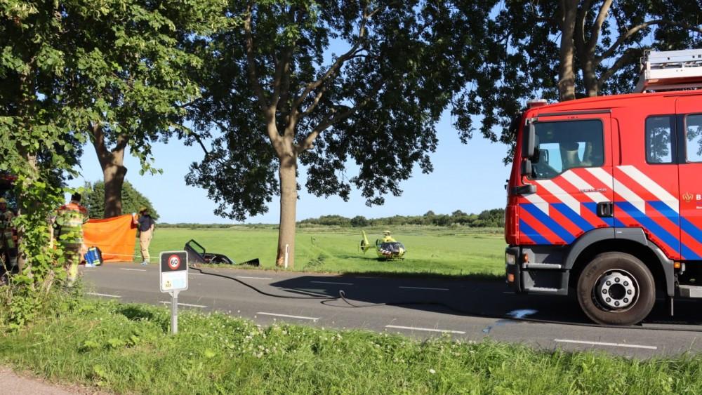 Ernstig ongeluk met vier inzittenden, auto belandt in greppel