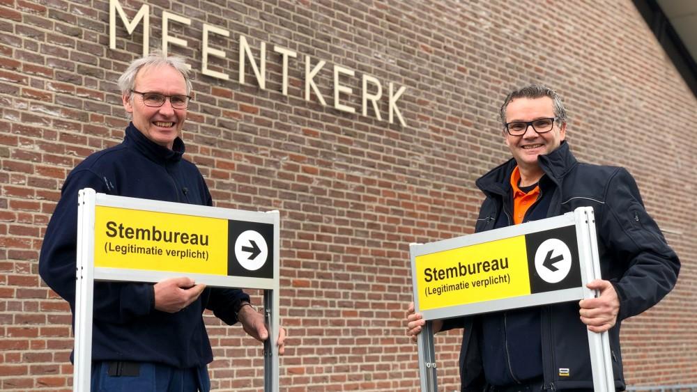 """Al 40 jaar bouwen Wim en Wim stembureaus op: """"Grote race"""""""