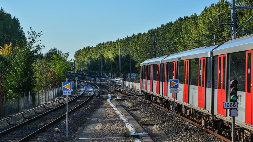 Weesp zet tram- of metroverbinding met Amsterdam nog niet uit het hoofd