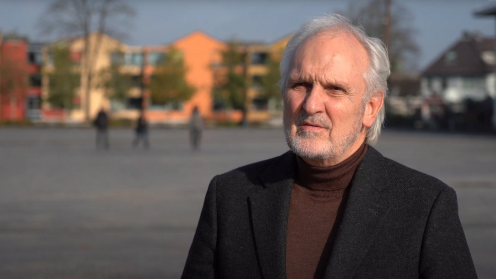 """Burgemeester van Hilversum: """"Nu zitten mensen bovenop elkaar náást het terras"""""""