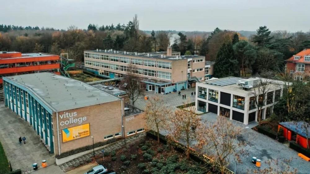 Aantal besmettingen onder 'feestende' Gooise leerlingen verdubbeld, scholen dicht