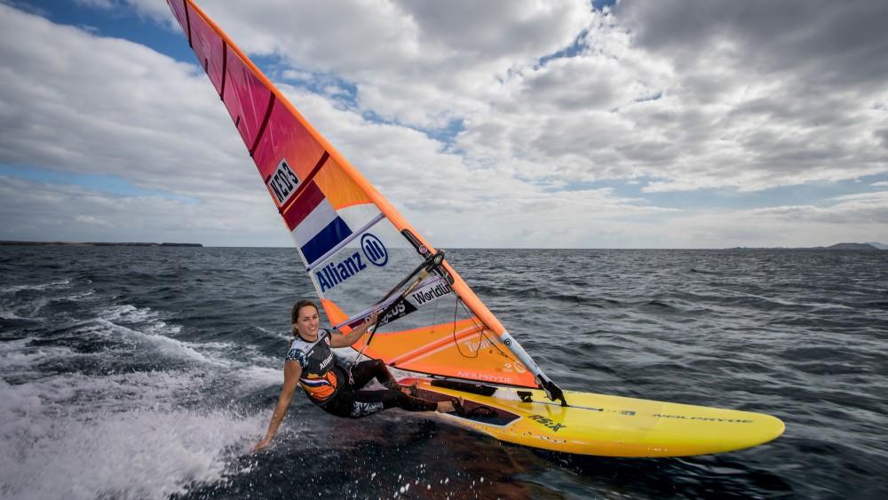 Windsurfster Lilian de Geus zet zeilen bij voor Tokio