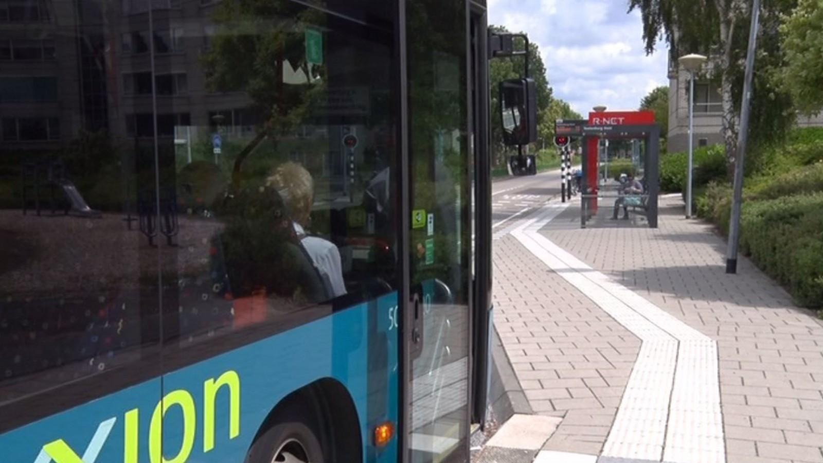 Topman Connexxion wil passagiers en pakketten samen in een bus