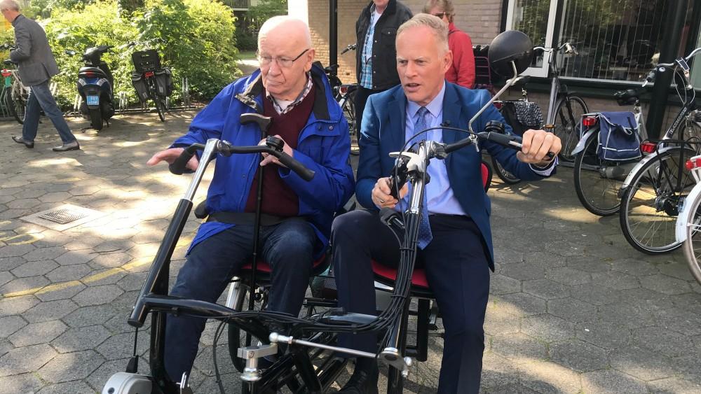 """Burgemeester Gooise Meren roept op coronaregels te blijven naleven: """"Zo moeilijk is het niet"""""""