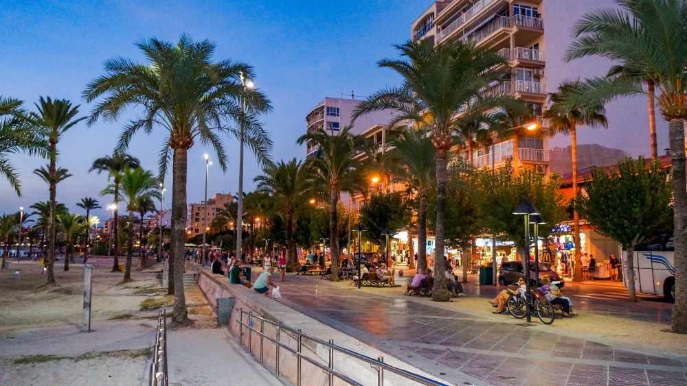 Twee zware mishandelingen op Mallorca met Gooise verdachten: dit is wat we nu weten