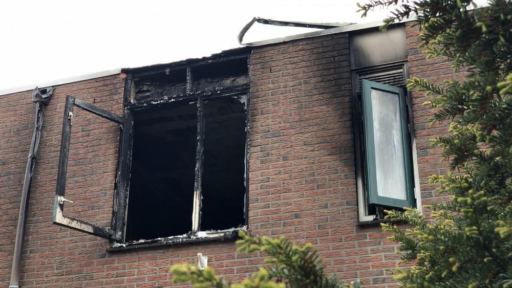 """Chantal boos na tragische dood demente buurvrouw door woningbrand: """"Had voorkomen kunnen worden"""""""