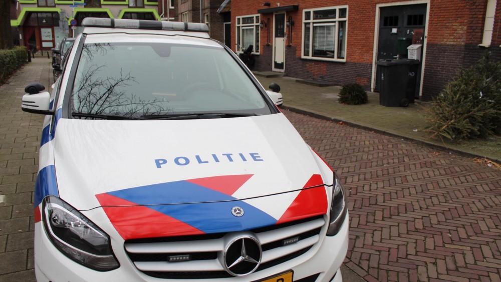 Politieonderzoek naar overval op straat voor Bussumse coffeeshop