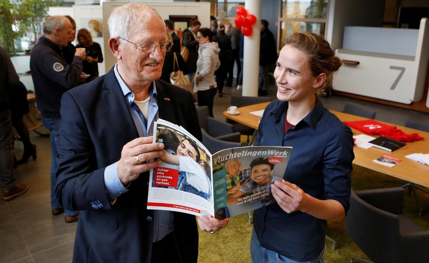 Jan den Dunnen en Renske Francken, teamleider VluchtelingenWerk