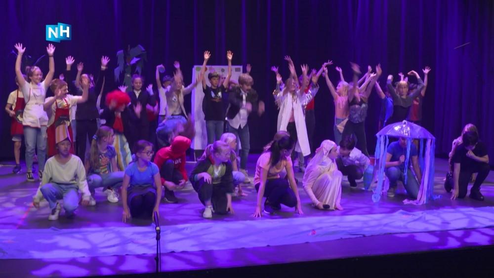 'Coronaproof on stage': de musical van de Hilversumse Montessorischool Centrum