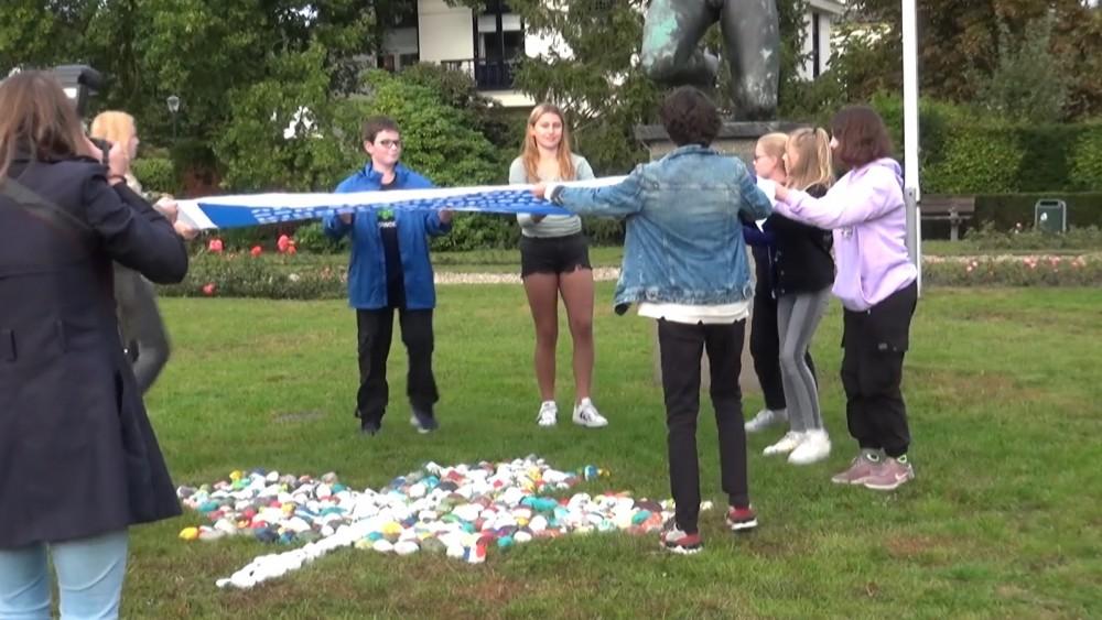 Hilversumse kindergemeenteraad vraagt met kunstwerk aandacht voor vrijheid