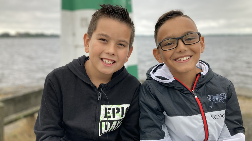 Jonge helden: Dex en Jayden (10) redden leeftijdsgenootje van verdrinkingsdood