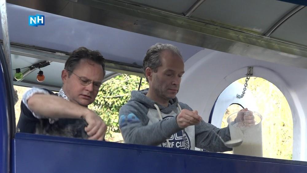 Lions Club Hilversum bakt pannenkoeken voor het goede doel