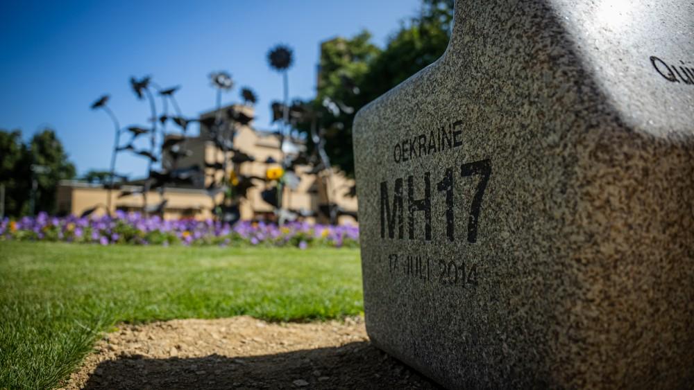 """Emotionele herdenking MH17: """"Weten wie schuldig zijn, maar weinig hoop op gerechtigheid"""""""