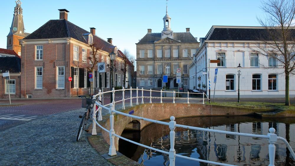 Centrum van Weesp krijgt ondergrondse containers, maar dat blijkt niet makkelijk