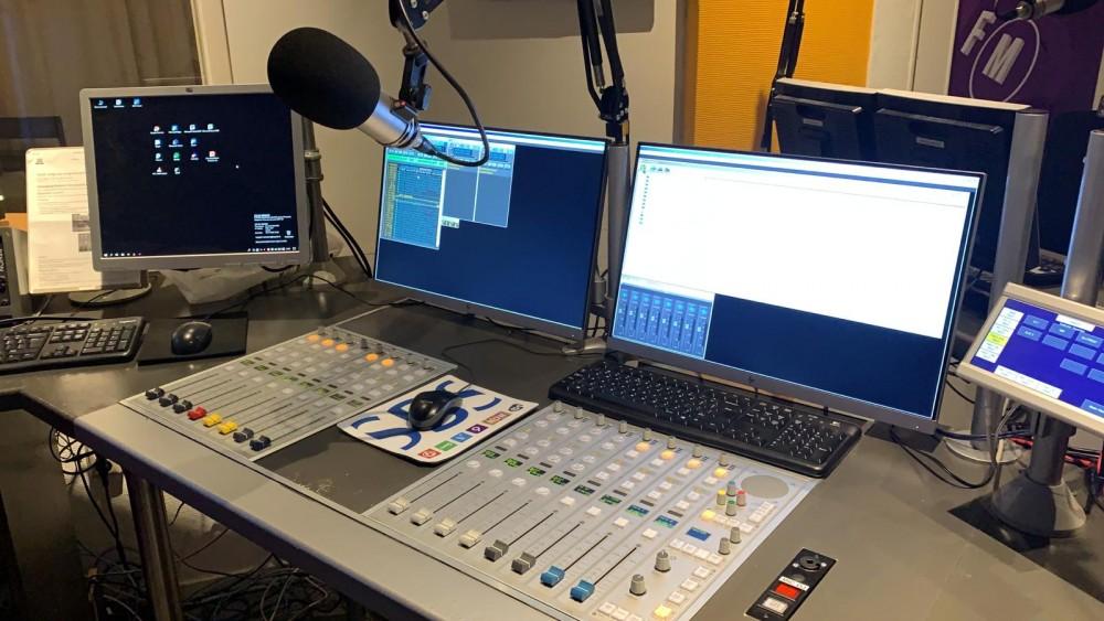 Vrijdag: marathon met 24 uur lang Nederpop op NH Gooi Radio