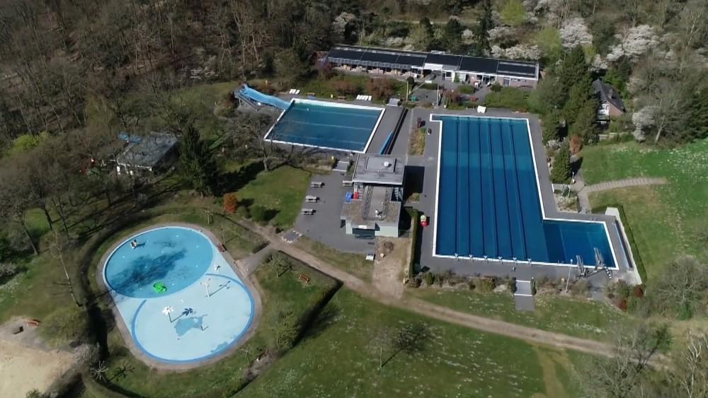 Verbouwd zwembad Sijsjesberg nog deze maand open, aantal bezoekers blijft beperkt