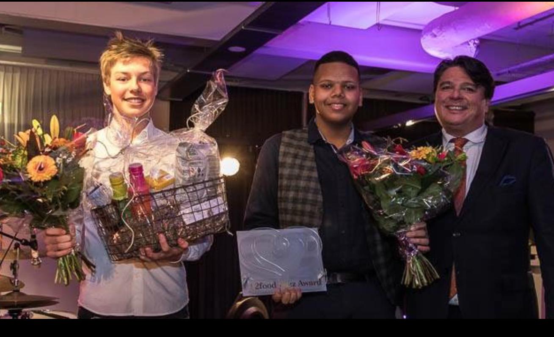 De prijswinnaars met juryvoorzitter Kent Hanson (Foto: Michael Bosboom)